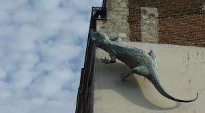 Lizard on Paris building